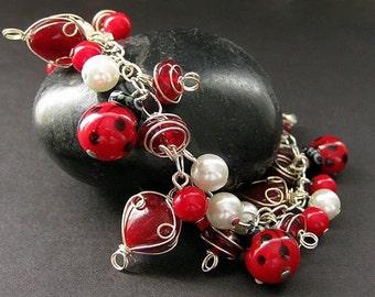 Ladybug Bracelet. Lady Bug Charm Bracelet in Red Coral, Lampwork Glass and Pearl. Handmade Bracelet.