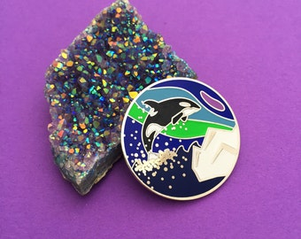 Iceland Orca Northern Lights Enamel Pin Badge - Pretty Pin, Lapel Pin
