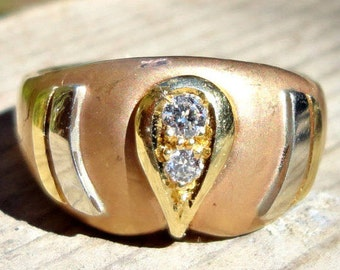 FABULOUS VINTAGE RING engagement wedding  yellow gold 18k with 2 bright natural diamonds