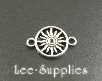 10pcs Antique Silver Alloy Sun Charms Pendant A856