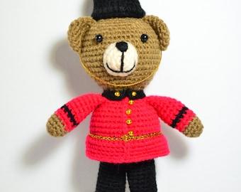 England soldier crechet bear, amigurumi, ready to ship