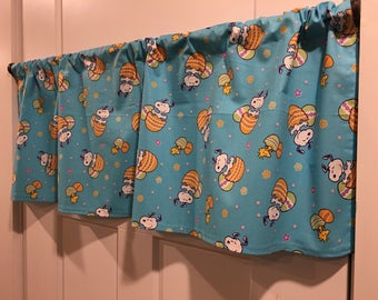 """Aqua Blue Snoopy Charlie Brown Woodstock Peanuts Easter Eggs Flowers Pink Purple Blue Yellow Green White 42"""" Valance Curtain"""