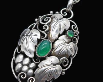 Art Nouveau Jugendstil Pendant Silver Chrysoprase Signed Theodor Fahrner (#6311)