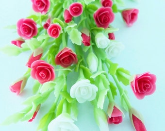 Miniature Polymer Clay Flowers Supplies Bloody Roses Bouquet for Dollhouse 6 bunches, assorted