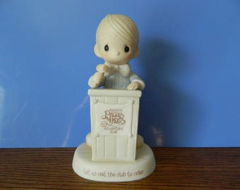 """Precious Moments Collector's Club Boy With Podium And Gavel """"Let Us Call The Club To Order"""" (C)"""