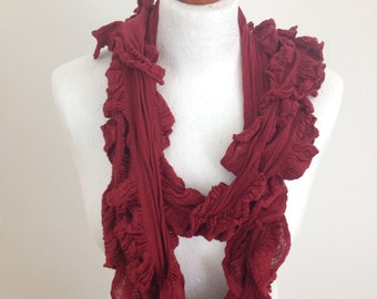 Loop scarf with Valances