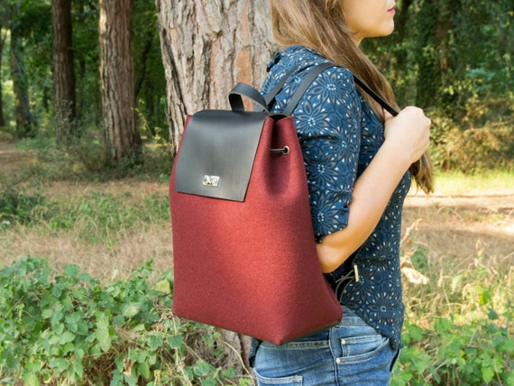 Felt and leather BACKPACK / women's backpack / felt backpack / red backpack / woman backpack / wool felt / handmade in Italy