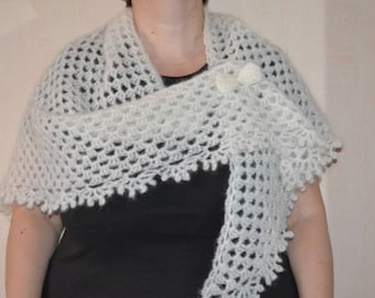 """Shawl """"Snow"""" and its matching """"Bow"""" brooch"""