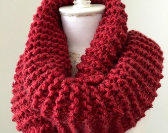 Chunky Knit Cowl, Christmas Red Infinity Scarf, Glitter Knit Cowl, Cozy Loop Scarf
