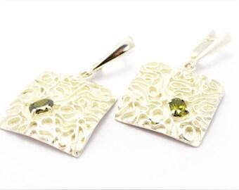 Earrings silver peridot green earrings sterling