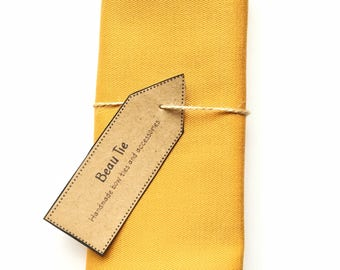 Golden yellow pocket square, mens pocket square, cotton pocket square, wedding pocket square, mens handkerchief