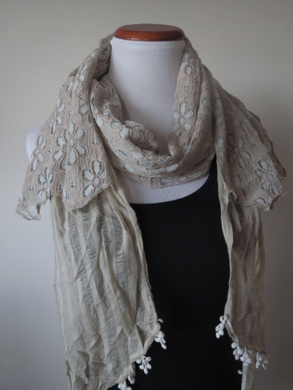 Floral Lace-Schal mit Häkelspitze Quasten