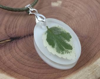 Leaf Resin Necklace