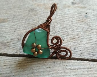 Wire Jewelry Designs, gift for her, brown copper wire, Pendant Statement Piece, Sea glass pendant, wire wrapped pendant, metal beads jewelry