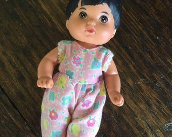 1976 Mattel The Heart Family Baby Toddler / Brunette cousins / vintage doll
