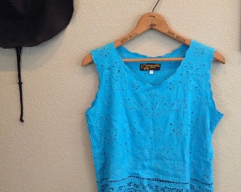 Vintage 70s turquoise blue lace crop top ~ cut outs ~ bohemian ~ boho ~ hippie