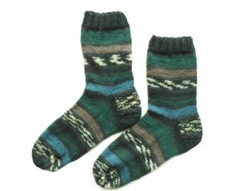 Thin knitted wool socks, Knit Unique socks, Winter wool socks, House socks, gift for mom, green, Cozy ankle socks, Knit footwear, Art socks