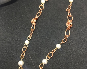 Beautiful bracelet, wire and pearl