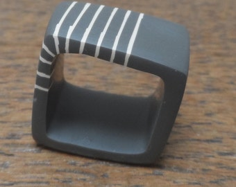 Resin square ring - charcoal with cream stripes