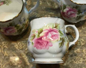 Queen's Fine Bone China Made in England Est. 1875 Set of 3 Teacups/Coffee Cups with Gold Trim Item #607019597