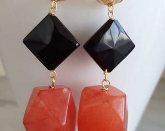 Silver earrings with carnelian and onyx stones