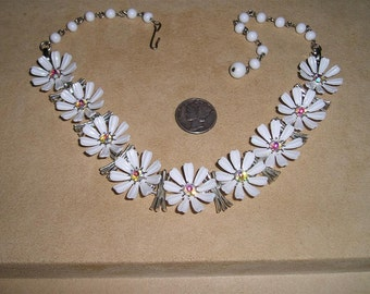Vintage Daisy Chain Necklace White Celluloid Iridescent Crystal Rhinestones 1960's Jewelry 2237