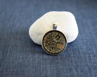 Handmade jewellery - Abstract Resin Pendant – Wearable art