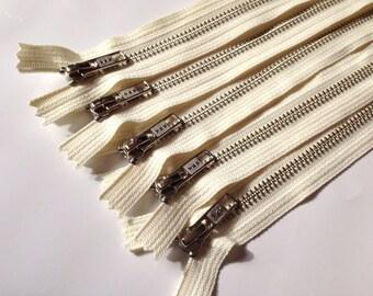 7 inch Silver teeth zippers wholesale, TEN pcs, Nickel teeth, vanilla, cream tape, YKK color 121, finished zippers