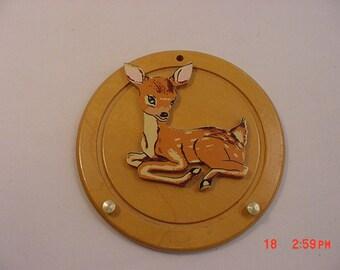 Vintage Baby Deer Fawn Key Holder Wood Plaque   16 - 190