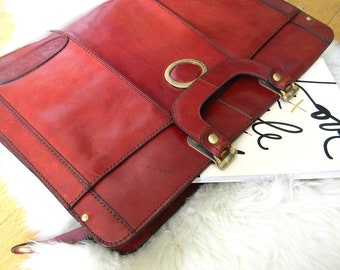 Vintage Oscar de la Renta leather briefcase.