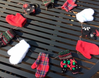 Mitten Banner -  Mitten Garland, Holiday Mitten Bunting, Christmas Mantel Garland, Winter Mantel Decor, Mitten Photo Prop, Rustic Garland