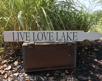 Lake sign lake house gift lake decor ideas lake decor wood lake sign lake art lake life distressed lake sign cabin decor rustic lake art