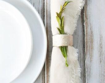 Linen Dinner Napkins | Cloth Napkin Set | Farmhouse Chic | Rustic Napkins | Set of 4