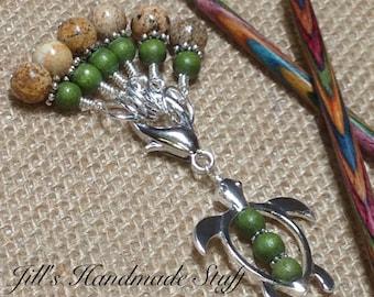 Sea Turtle Stitch Marker Set & Snag Free Stitch Markers - Knitting Gift - Tortoise Knitting Marker Holder - Handmade Progress Keepers