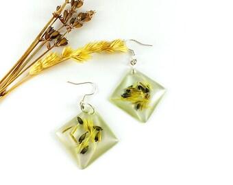 Mother Gift Resin earrings Square earrings Real flower earrings Nature inspired Eco friendly jewelry Light green earrings Geometric