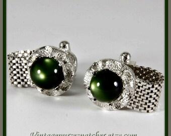 Vintage Green Cuff Links,Vintage Cuff Links,Vintage Wrap Cuff Links,Vintage Wrap Around Cuff Links,Vintage Green Stone Cuff Links,Cuff Links