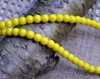 100pcs Preciosa Czech Pressed Glass Beads 4mm Druk Round Yellow Opaque 16in