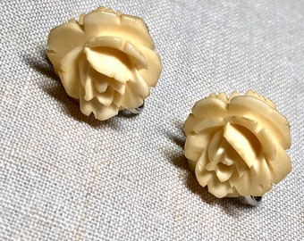 Vintage Carved Flower Screw Back Earrings
