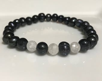 Dark Gray and Clear Marbled Handmade Beaded Bracelet