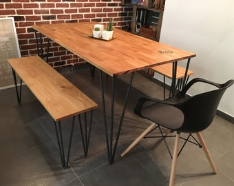 Solid oak dining table and foot pins raw steel