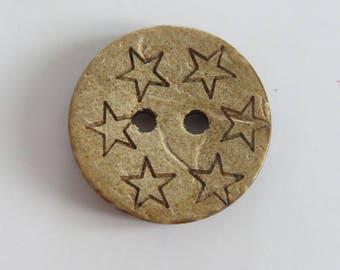 Pretty round star coconut button front