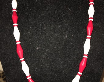 Vintage Red and White Lucite  Necklace