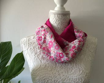 Child scarf Liberty betsi bougainvilliee and fuchsia satin