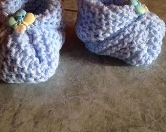 With light brilliant 0/3 months - handmade baby booties