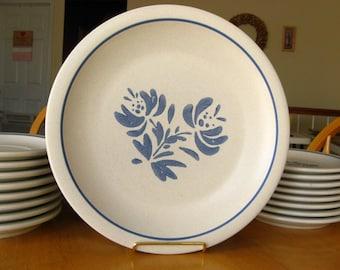 Vintage Pfaltzgraff Yorktowne Dinner Plate - Ironstone Pottery, Cream and Blue - Set of Four