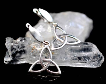 Trinity knot Sterling Silver earrings, celtic earrings, triquetra sacred geometry, irish jewelry