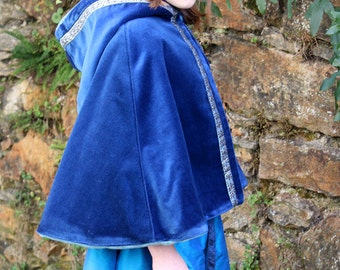 Cape for medieval Princess, size 8 / 10