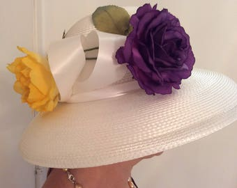 White Wide Brim Formal Hat with Fascinator Flower - White church hat, wedding hat, mother of bride hat, race hat, fashion hat, summer hat