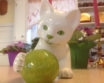 Vintage Green Eyed Cat Playing With Ball / Yarn Made in Italy