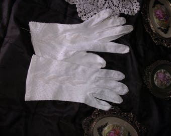Beaded wedding gloves